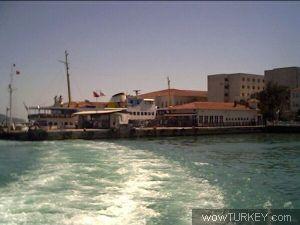 Heybeliada İskelesi - Mustafa NOYAN - 02/07/2004