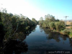 Ya giderken nilüfer nehri ni hürriyet köyü yakınında geçtik