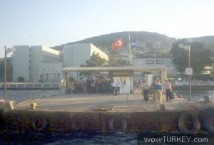 Heybeliada İskelesi - Mustafa NOYAN - 21/02/2006
